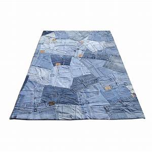 Tapis en jean bleu carving back 140x200 for Tapis en jean