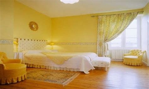 interior bedroom white  yellow color interior design