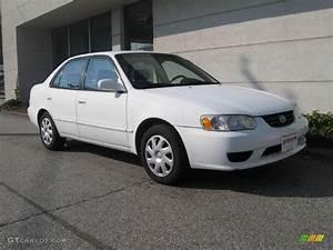 Toyota Corolla 2002 : 2002 super white toyota corolla le 20139829 car color galleries ~ Medecine-chirurgie-esthetiques.com Avis de Voitures