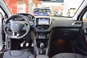 Peugeot 208 Gt Line Interior Dashboard At 2016 Bologna