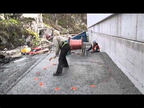 hilarious construction worker prank youtube