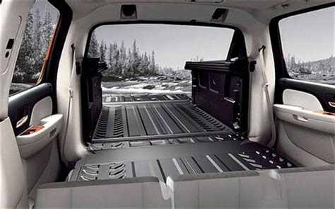 chevy avalanche interior 2007 chevrolet avalanche truck road test review