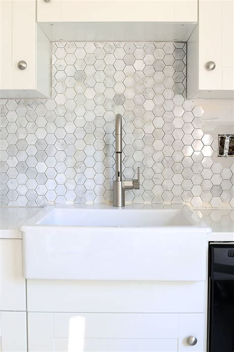 kitchen backsplash installation tips how to install a marble hexagon tile backsplash helpful 5046