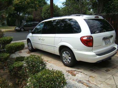 Used Chrysler Town And Country Limited by Purchase Used Beautiful 2006 Chrysler Town And Country