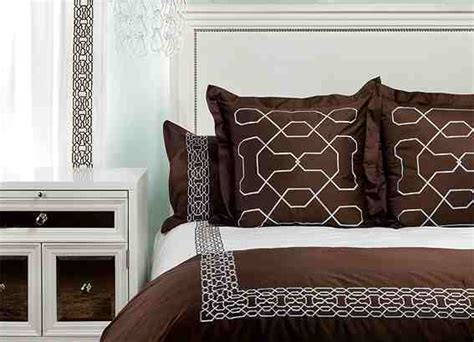 trim nailhead bed cheap gallerie upholstered beds hammering chic cococozy close concerto nail