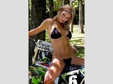 sexy biker chick biker women Chicks on bikes, Biker
