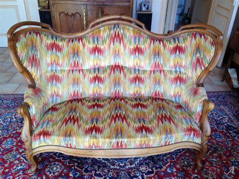 canape regence canapé de style régence artisans du patrimoine