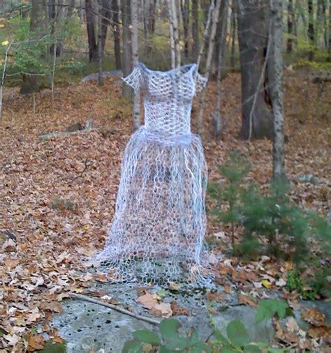chickenwire ghost chicken wire ghost art pinterest chicken wire wire and ghosts