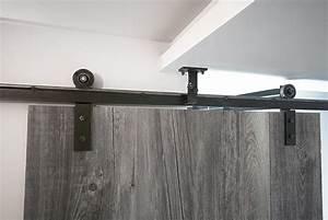 porte coulissante sur rail en acier a l39ancienne les With rail suspendu porte coulissante