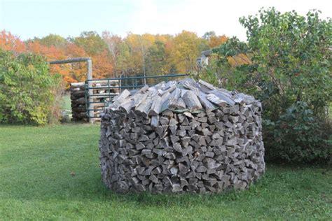 maxwell retrieving wood   woodpiles toronto star