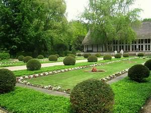 Gartenweg Anlegen Günstig : englischer garten gestaltung englischer landhaus garten hochbeete green 24 net englischen ~ Sanjose-hotels-ca.com Haus und Dekorationen