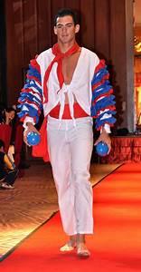 Manhunt Panama win Tainan City Best National Costume   ERM Marketing Sdn. Bhd.(530975-W)