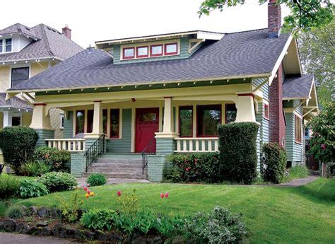 craftsman style porch a craftsman neighborhood in portland oregon house