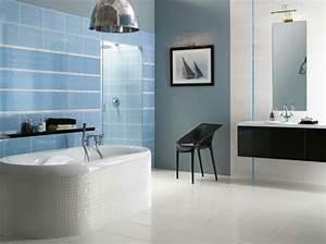 Grau Blaue Wand : blaue fliesen f rs badezimmer 25 moderne beispiele ~ Watch28wear.com Haus und Dekorationen