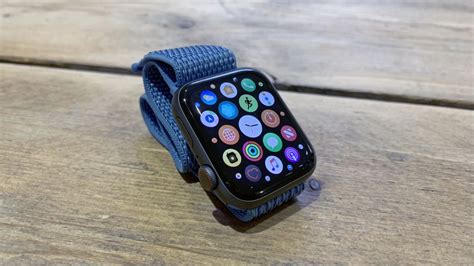 fitbit versa vs apple 4 two of the greatest smartwatches clash vocal views