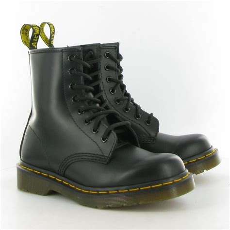 kicks cultural approaches shoes dr martens shop for shoes dr martens on wheretoget