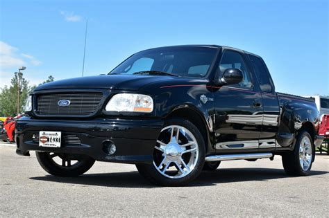 Ford F 150 Harley Davidson by 2000 Ford F 150 Harley Davidson Limited Edition For Sale
