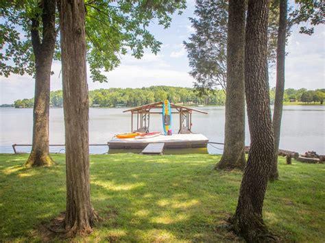 Paddle Boat Rentals Nashville Tn by Lakefront Cottage Dock Near Homeaway Mount