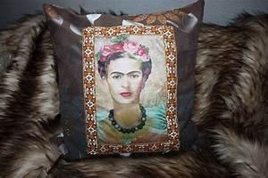 Frida Kahlo Kissen : 8411 best frida kahlo love images on pinterest frida khalo frida kahlo and artists ~ One.caynefoto.club Haus und Dekorationen