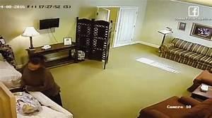Camera De Surveillance Maison : dans une maison fun raire la cam ra de surveillance a ~ Dode.kayakingforconservation.com Idées de Décoration