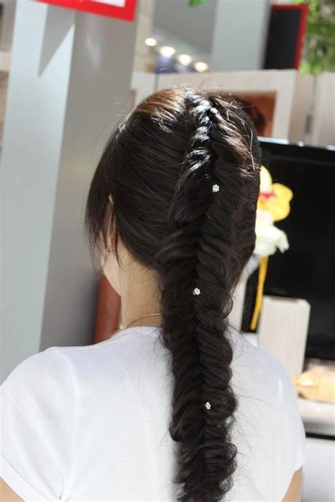 simple  beautiful fishtail braid hairstyles