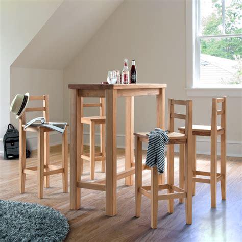bartisch mit stühlen bartisch aus holz effektvoll und klassisch archzine net