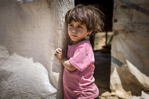 La Bambino - siria save the children almeno 2 milioni di bambini