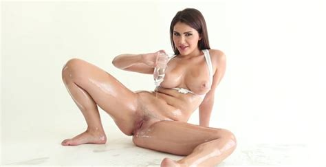 valentina nappi bends over for oily interracial anal tubedupe