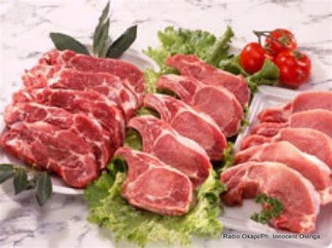 cuisiner les cotes de porc côtes de porc poilés sauce petits légumes radio okapi