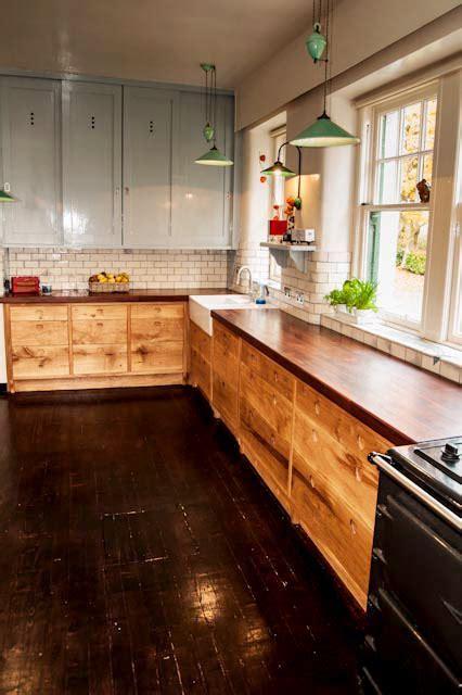 Scottish Oak Kitchen   David Watson