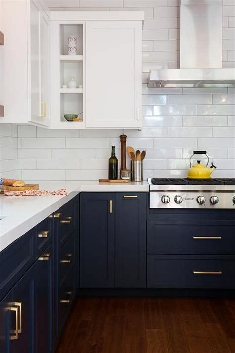 photos kitchen cabinets best 25 blue and white ideas on blue and 1478