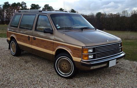 Chrysler Minivans (s) Wikipedia