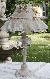 Shabby Chic Lampe : 728 best images about shabby chic lampshades on pinterest romantic cottage lace lamp and ~ Eleganceandgraceweddings.com Haus und Dekorationen