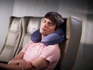 Quel Oreiller Choisir : choisir un coussin de voyage confortable le comparatif ~ Farleysfitness.com Idées de Décoration