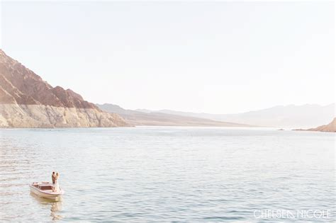 Lake Mead Engagement Session » Chelsea