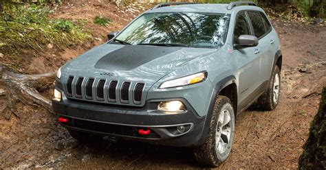 jeep trailhawk 2015 jeep cherokee trailhawk review digital trends