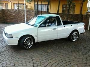 Mazda Rustler Bakkie