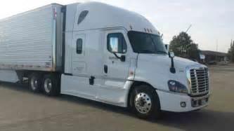 Van Carpeting Service by Freightliner Cascadia 2015 Sleeper Semi Trucks