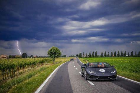 lamborghini italian  beautiful scenery beautiful cars