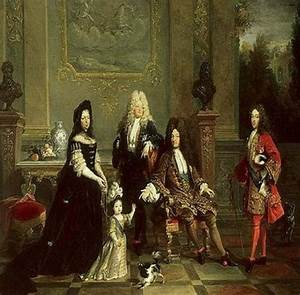 10 Facts About Absolute Monarchy