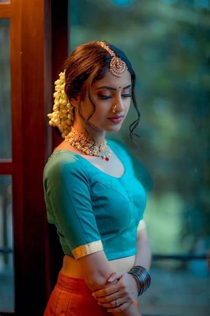 Tamil Actress Ayesha Serial Sathya Saree Glows