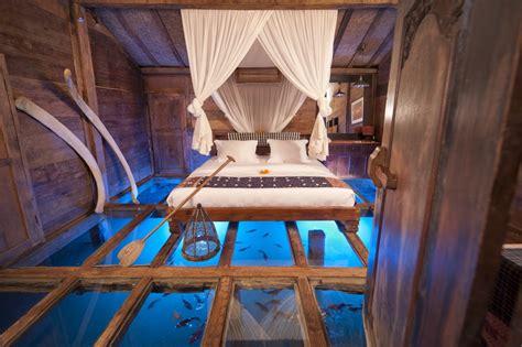 chambre insolite chambre au dessus de l 39 eau
