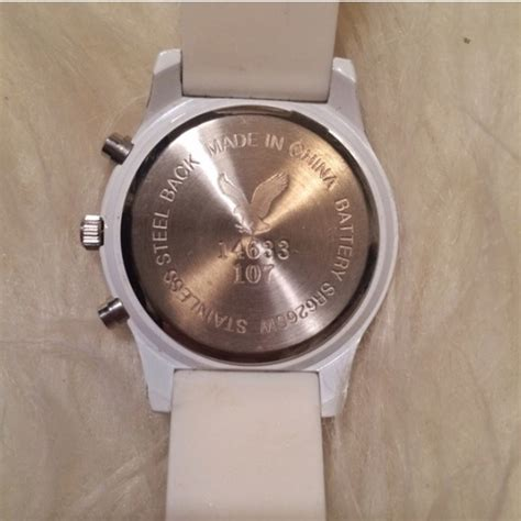 American Eagle Outfitters - Price drop White Watch from Carolineu0026#39;s closet on Poshmark