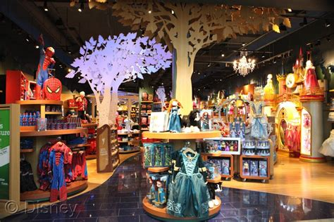 The Mall Of Georgia's Disney Store Has Been Remodeled