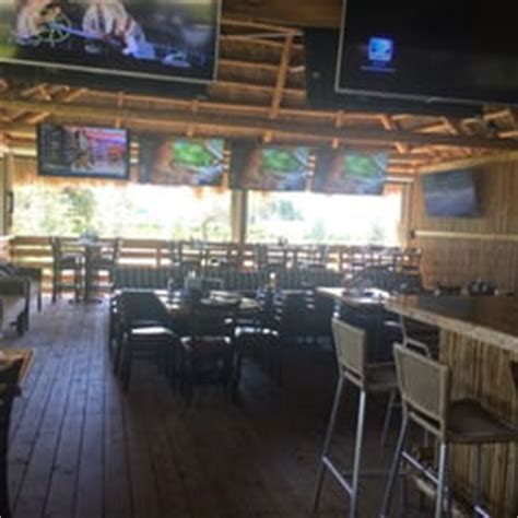 Deck Sports Bar In Hallandale Fl by Upperdeck Ale And Sports Grill Sports Bars Hallandale
