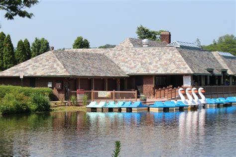 Echo Lake Park Nj Paddle Boats by County Unveils New Verona Park Boathouse Myveronanj