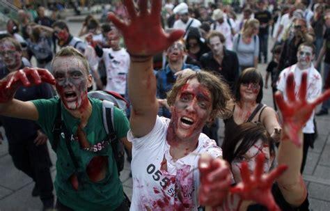 zombie zombies take apocalypse coming flash movie mob attack warning covid government tongue horror apocalyptic cannibal flashmob miami coronavirus prepared