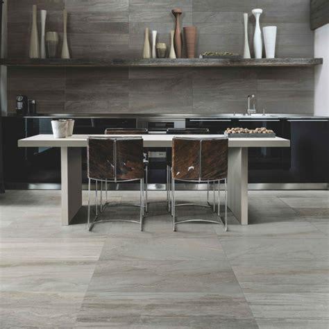 Graue Möbel Welcher Boden by Graue Fliesen F 252 R Wand Und Boden 55 Moderne Wohnideen