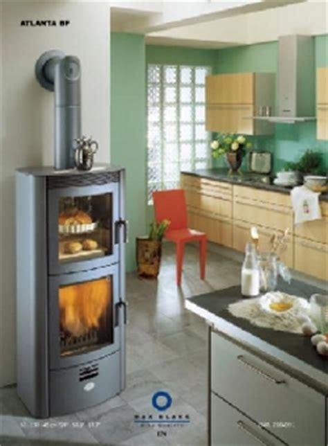 cuisine poele a bois poêle avec four intégré