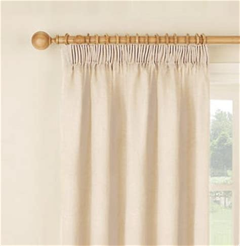 Large Hanging L Ikea by How To Hang Curtains Easy To Follow Detailed Guide On